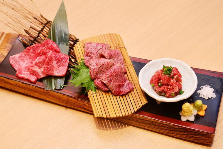 ↑ひむか生肉三種盛(赤身刺、タタキ、ユッケ)/3000円