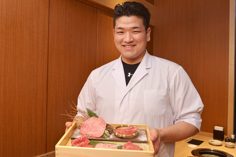 ↑尾崎牛焼肉 銀座 ひむかの料理長・山田力也さん