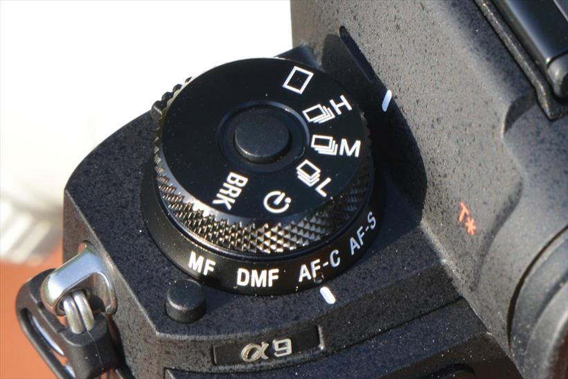 ↑電子シャッター使用時の連写は「H」で約20コマ/秒、「M」で約10コマ/ 秒、「L」約5コマ/ 秒