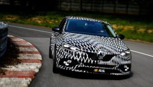 目指すはコンパクトスポーツカーのベンチマーク! ルノー 新型「メガーヌR.S.」が初公開