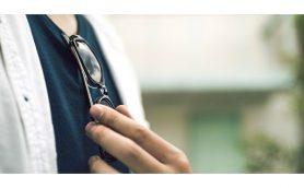 強面イメージ? 「目は口ほどに物を言う」?  日本人がサングラスをかけたがらない理由