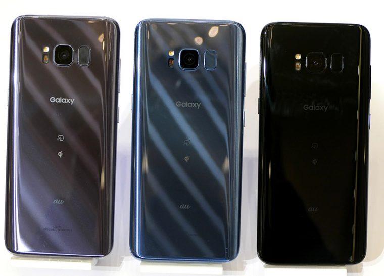 ↑「Galaxy S8 SCV36」は6月8日発売予定。実質価格(新規一括、以下同)は5万7456円(税込、以下同)。カラーラインナップが左から「オーキッド グレー」「コーラル ブルー」「ミッドナイト ブラック」の3色