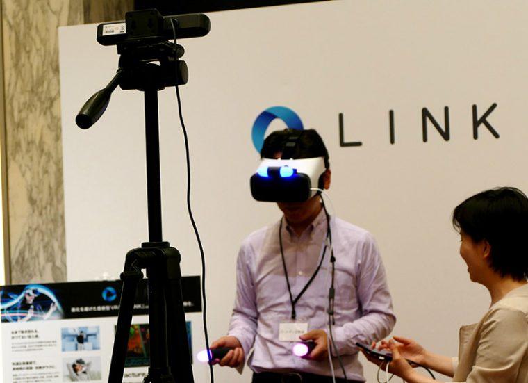 ↑会場ではLINKの体験コーナーも
