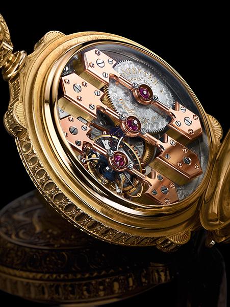 ↑現在もアイコンとなっている「スリー・ゴールド ブリッジ」が採用された1889年出品のトゥールビヨン「ラ・エスメラルダ」