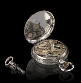 ↑日本人の好みに合うよう装飾が施された、フランソワ・ペルゴが日本で販売した懐中時計