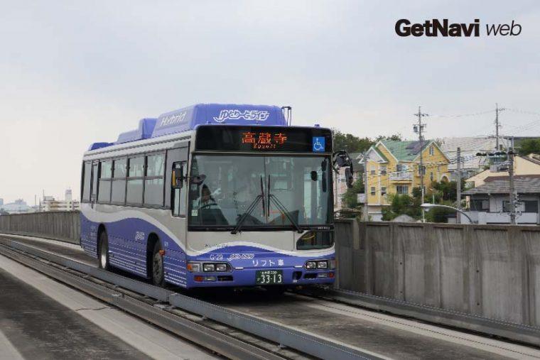 ↑名古屋ガイドウェイバスゆとりーとライン。新システムとして参考になることが多い