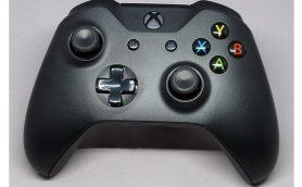 Xbox OneのゲームがPCでも遊べる! 「Xbox Play Anywhere」するなら専用コントローラーが快適