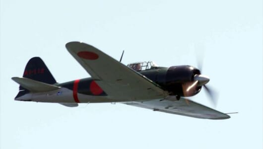 「零戦」が見せた存在感――レッドブル・エアレースもう1つの魅力「展示飛行」ってなんだ?