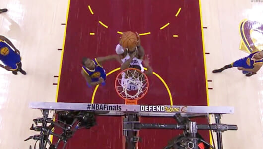 【バスケ】最強ウォリアーズが2年ぶりに優勝! NBAファイナルのスーパープレーTOP10