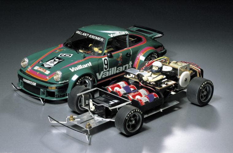 電動RCカーというホビーを世界中に広めた画期的モデル「1/12 ポルシェターボRSR934レーシング」※現在発売停止