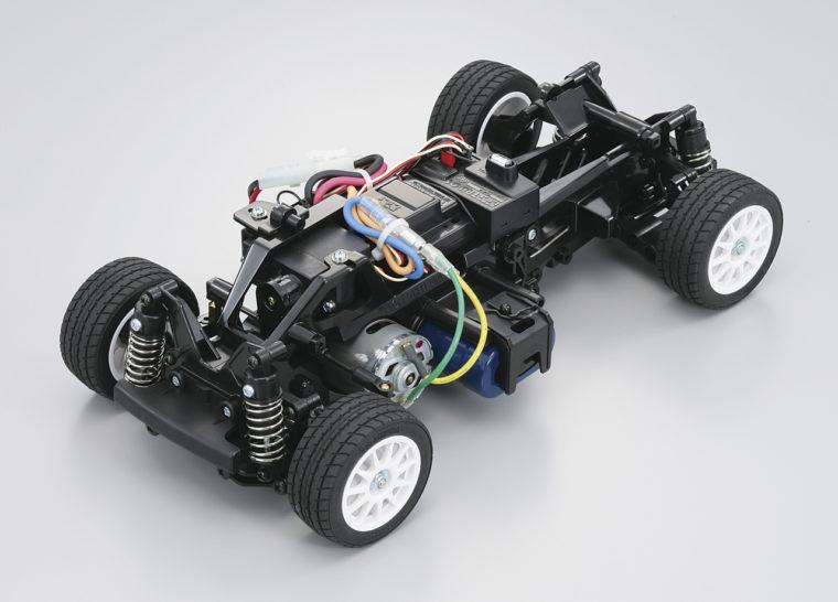 フレーム形式を一新した「M-03」。
