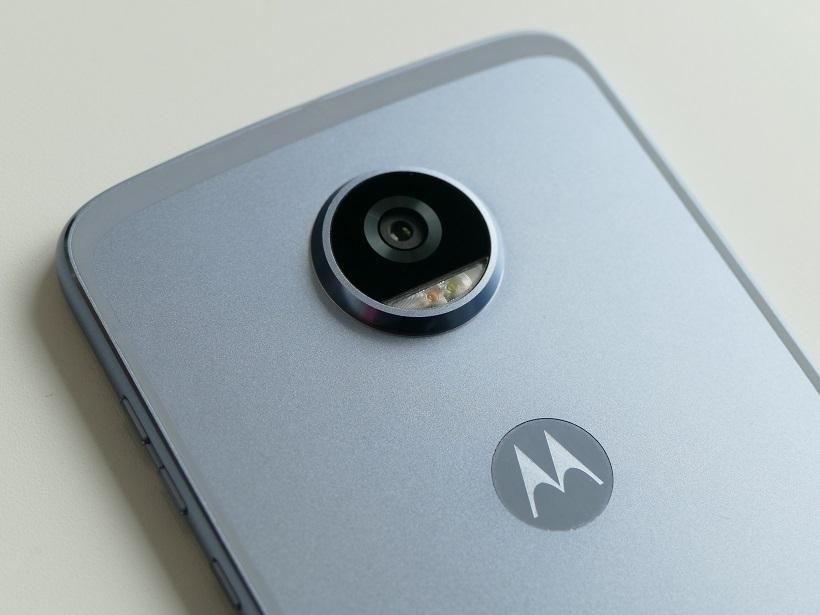 ↑カメラはセンサーを改良