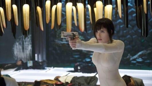 ビートたけし、スカーレット・ヨハンソンが共演! 映画『ゴースト・イン・ザ・シェル』BD&DVD発売日が決定
