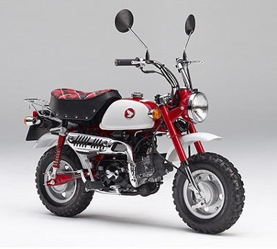 ↑今年発売のモンキー50周年モデル。初代Z50Mのデザインを現代風にアレンジしている