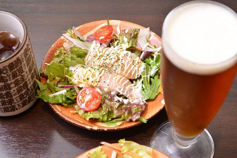 ↑真鯛・ホタテ(イタリアンサラダ風)×SVB「オンザクラウド」。甘酸っぱいソースが、フルーティなビールの味にベストマッチ!