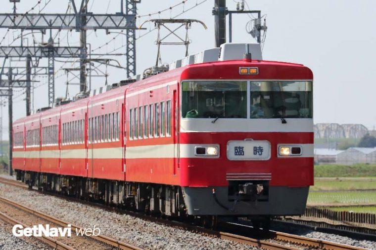 ↑唯一残された1800型は、赤い車体がかなり目立つ。臨時列車などに利用されている