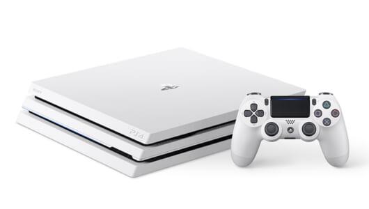 PS4 Proに初のカラバリ「グレイシャー・ホワイト」登場! 9月6日より国内販売スタート