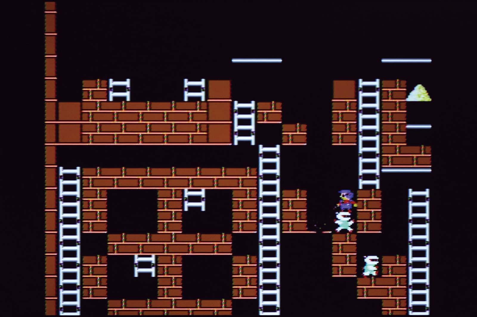 ↑最終面の50面はテクニックの集大成。ロボットを誘導し、レンガを掘って回復するタイミングを見計らって移動する。プレイヤーの腕が試される!
