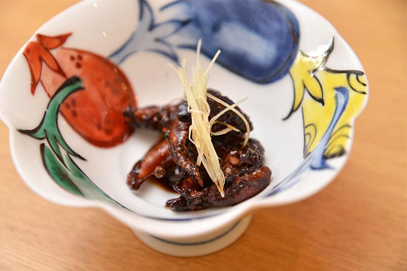 ↑肝焼。甘味と苦味がほどよく調和して、日本酒との相性も抜群です