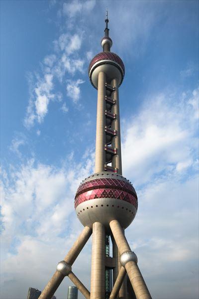 ↑元の写真。タワーに合わせて縦位置で撮影