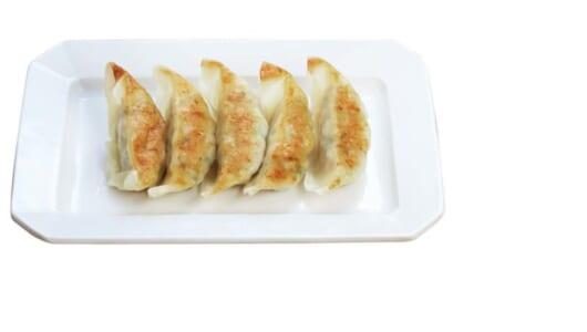 「コンビニ餃子」を食べ比べ!ファミマ、ローソン、セブンの餃子のお味の違いは?