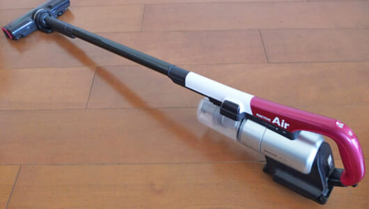 【濃厚レビュー】超軽量コードレス・シャープ「ラクティブ エア」を9項目で検証! 「外せるバッテリー」の絶大なメリットも明らかに