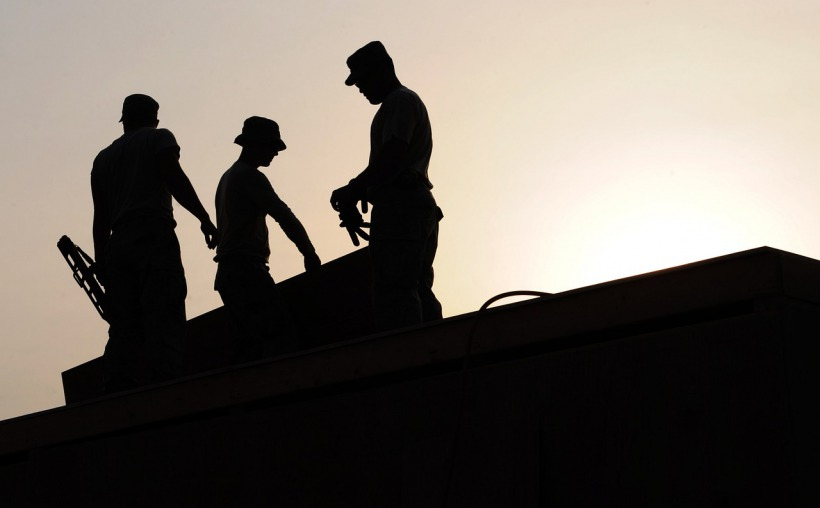 s_workers-659885_1280