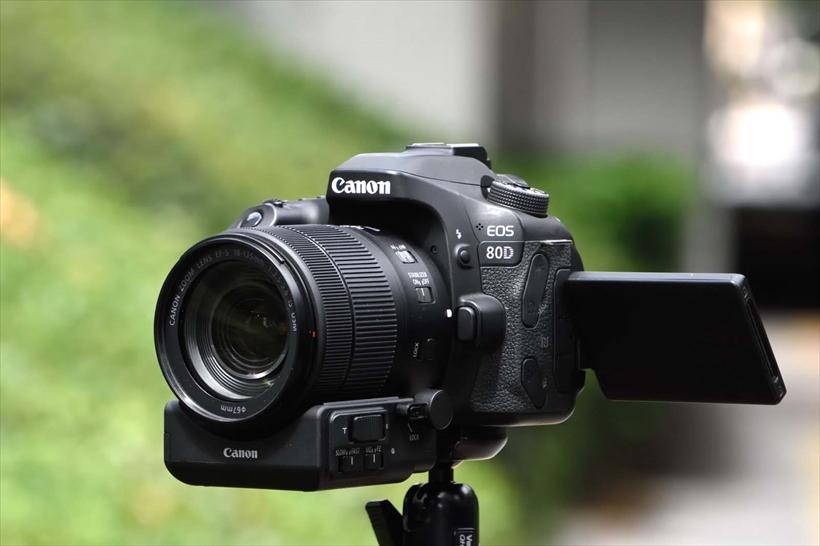 ↑動画撮影のカメラ設定のキモは、シャッター速度が1/60秒前後になり、低速シャッターが使えない点。ISO感度や露出の設定などを工夫する必要がある
