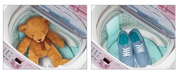↑洗濯槽を回さない「静止コース」は、ぬいぐるみやスニーカーも乾燥できます