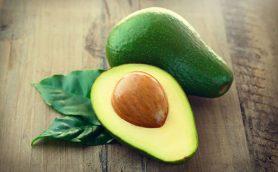栄養価が高い果物「アボカド」は焼いても生でもおいしい