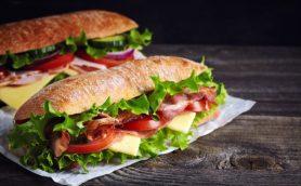 サンドイッチのSUBWAYは「地下鉄」という意味じゃない!? 思わず語りたくなる英語小話