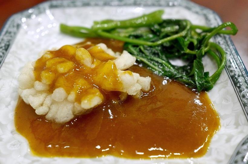 ↑帆立の豆板醤と黒酢のソース