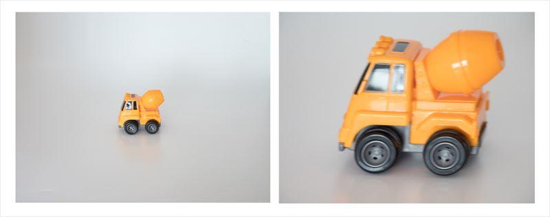 ↑ぜんまい式のおもちゃを、1/400秒のシャッター速度で焦点距離を変えて撮り比べた。50ミリ相当で撮った左の写真は、それほどブレは目立たない。それに対して200ミリ相当で撮った右の写真は、かなり大きくぶれていて、シャープさに欠ける仕上がりとなった。焦点距離が長くなると、そのぶんシャッター速度を速くしないといけないというわけだ