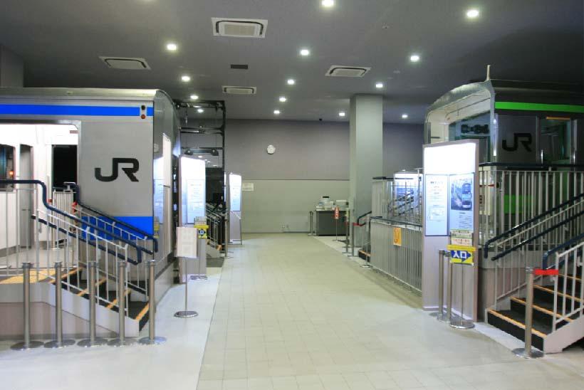↑シミュレータホールでは山手線や京浜東北線やD51など5種類の運転シミュレータを用意。D51シミュレータのみ有料(1回500円)、先着順での利用となる