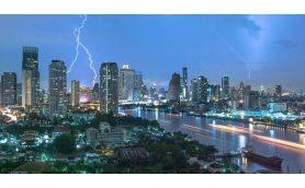 各地で相次ぐ落雷! 雷から身を守るために最低限知っておきたいこと