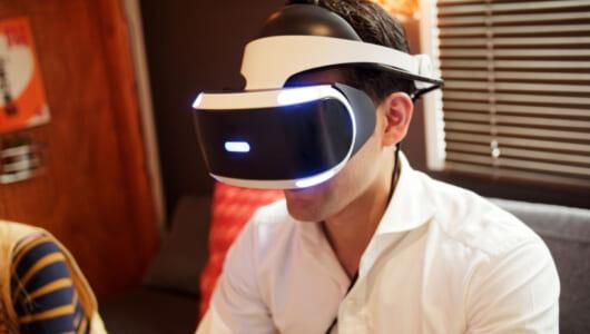 「カーネルおじさんの顔が怖すぎる」ケンタッキーが導入した「VR研修プログラム」が話題に!