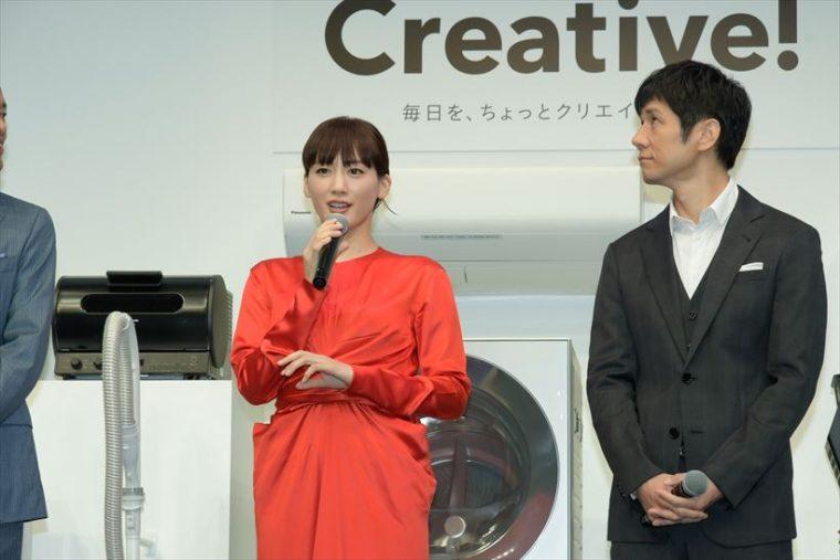 ↑綾瀬はるかさん(左)と西島秀俊さん(右)