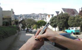 【未来すぎる】自分の体でもメモが取れる! どんなものにでも書けるスタイラスペンが話題沸騰中