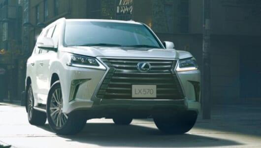 レクサス製SUVの頂点が熟成――2列5人乗り仕様やカラーを新たに設定
