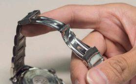 【腕時計セルフケア】ブレスレットのバックルが外れる原因はゆがみにあり!