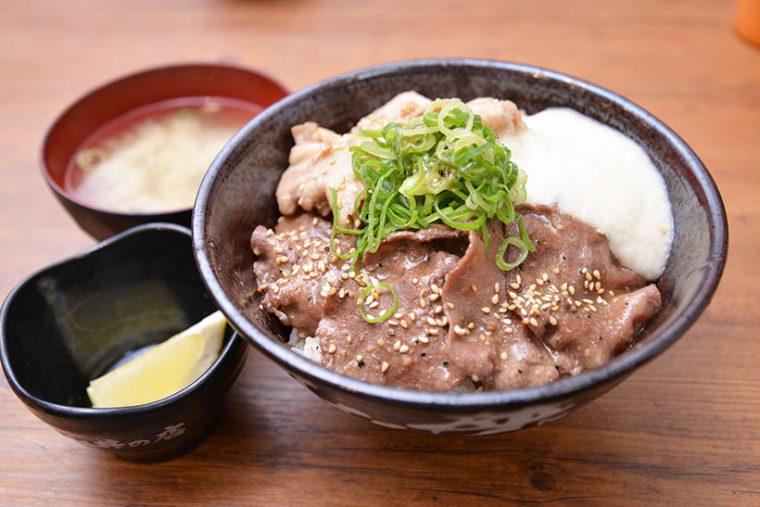↑仙台牛タン塩すた丼(980円)