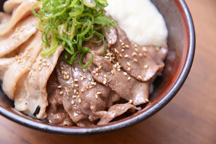 ↑食べやすく薄切りにカットされた牛タンは5枚!