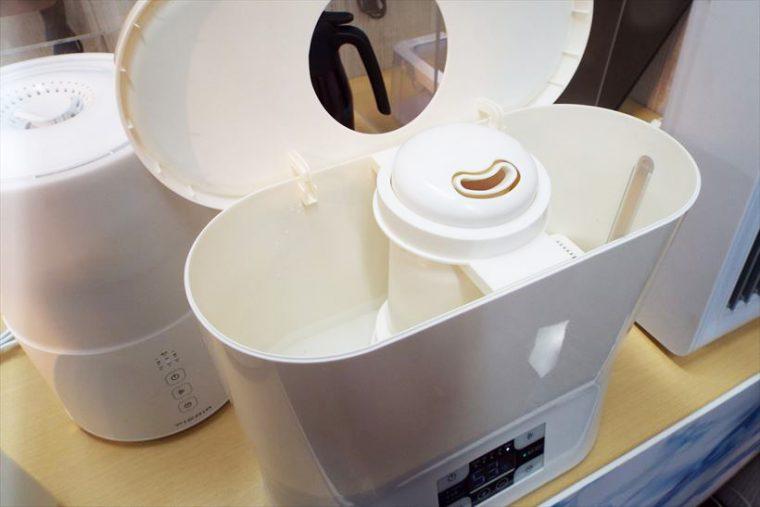 ↑3モデルとも上部からカンタンに給水が可能
