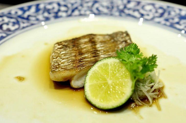 ↑太刀魚の焼き物 葱と生姜