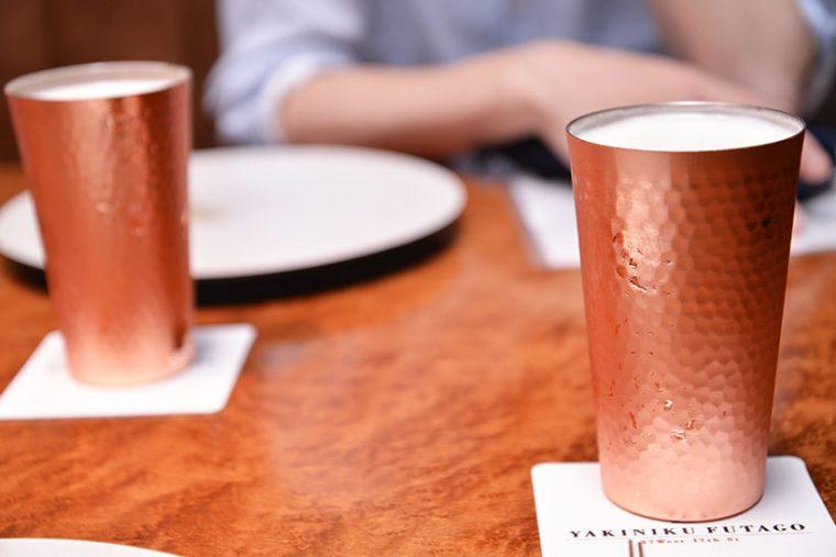 ↑ビールもいいグラスで飲むと、おいしさが違います。キレやキメ細かいクリーミーな泡をより一層楽しめます