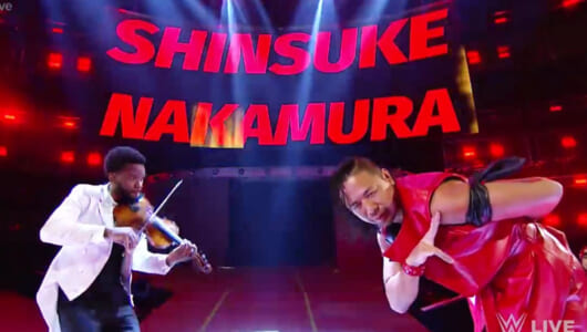 WWE日本公演で王座に挑戦! 中邑真輔の「入場」が何度見てもかっこいい