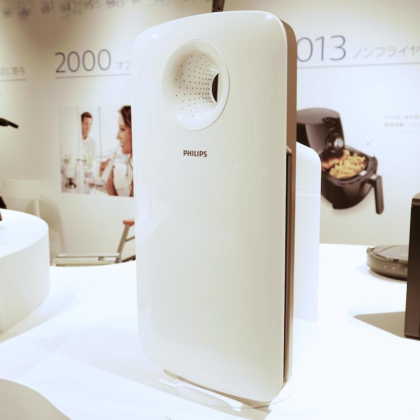 ↑同じくIFAで発表された空気清浄機「2000i」。アプリと連携して空気の質を管理し、室内に最適な空気環境を創り出す