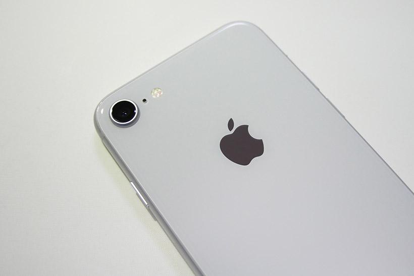 ↑iPhone 8のカメラ