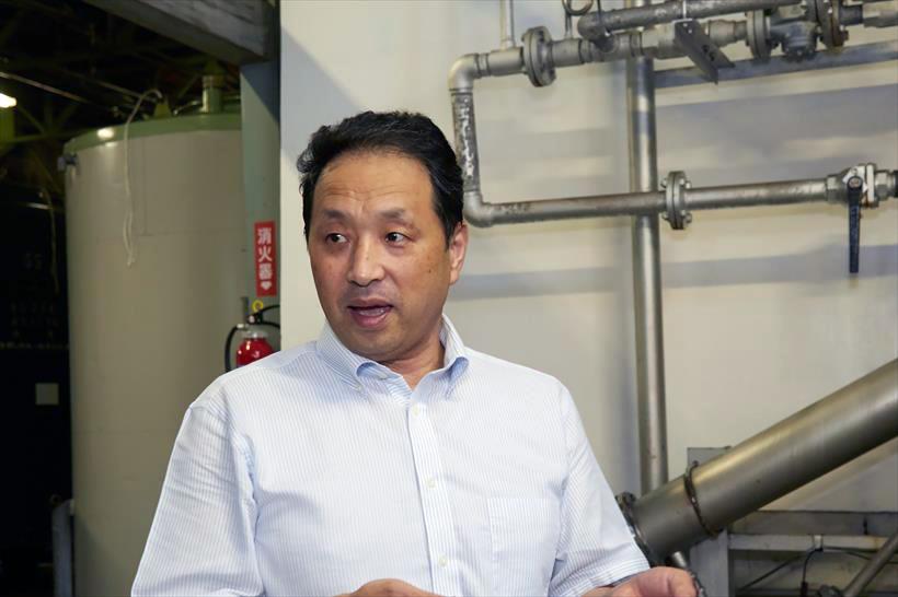 ↑製造を指揮する杜氏の長谷川良昭さん。淡麗辛口は、「糖を抑えながら、雑味を出さずにキレを出すのが難しい」とのこと