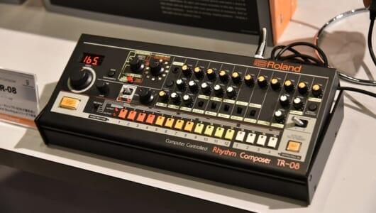 """全部欲しい! モニタースピーカーに小さな""""808""""などローランドの新製品ラッシュが熱い!"""
